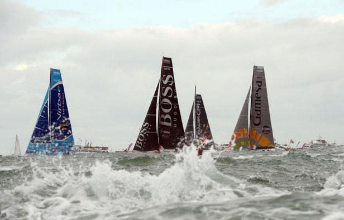 Les skippers ont pris le départ du Vendée Globe aux Sables d'Olonnes à bord de leur monocoque, le 10 novembre 2012. – DAMIEN MEYER / AFP