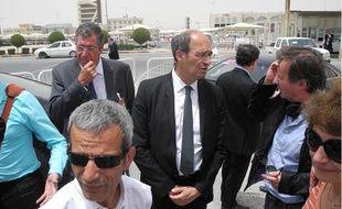 Patrick Balkany, Eric Woerth et Malek Boutih (au premier rang) au 13e Forum de Doha, au Qatar, le 22 mai 2013.