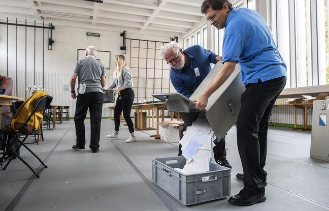648x415 volontaires vident urne bureau vote zurich suisse 20 octobre 2019