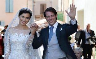 Le prince Félix de Luxembourg s'est marié religieusement samedi avec sa fiancée allemande, Claire Lademacher, à la basilique Sainte Marie-Madeleine de Saint-Maximin-la-Sainte-Baume (Var), a constaté un photographe de l'AFP.