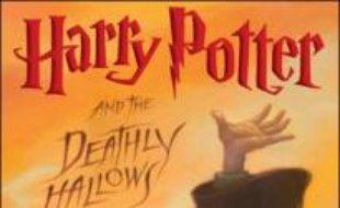 """L'éditeur britannique d'Harry Potter a mis en garde les lecteurs vendredi après qu'un pirate informatique eut affirmé connaître la fin du très attendu 7ème et dernier tome des aventures du célèbre petit sorcier. """"C'est une rumeur parmi des milliards, il n'y a aucune vérité dans aucune d'entre elles"""", a déclaré une porte-parole de Bloomsbury à l'AFP."""