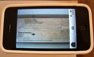 La banque USAA permet d'encaisser ses chèques via une application pour iPhone