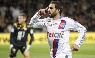 L'attaquant argentin de Lyon Lisandro Lopez, le 17 octobre 2010, à Gerland.