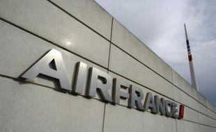 Le logo d'Air France sur le siège du groupe à Roissy, le 12 octobre 2015