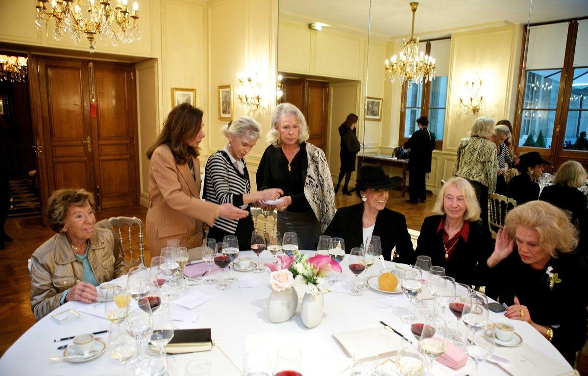 Le jury du prix Femina 2011. – ALIX WILLIAM/SIPA