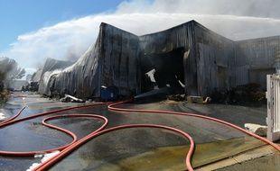 Le hangar a été détruit à Aigues-Mortes