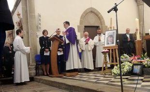 Un hommage religieux a été rendu au gendarme Arnaud Beltrame, le 29 mars 2018 à Trédion, dans le Morbihan.