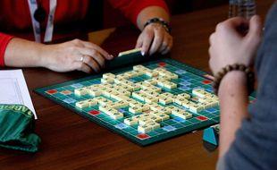 De nombreux pays proposent des championnats nationaux de Scrabble, comme ici en Slovaquie.