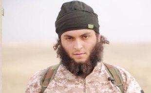Photo montrant un terroriste de Daesh qui pourrait être le Français Michaël Dos Santos.