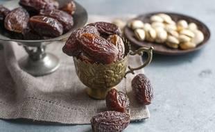 Illustration. Les dattes et pistaches sont très appréciées pendant le ramadan.