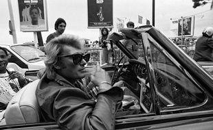 Johnny Hallyday en 1977 au Festival de Cannes.