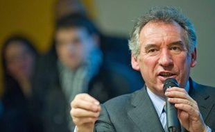 François Bayrou lors d'une rencontre avec des étudiants et professeurs à Albi, le 6 février 2012.