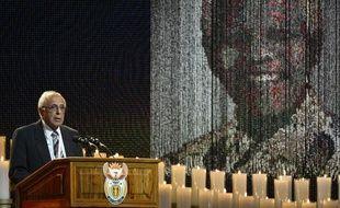 Le militant anti-apartheid Ahmed Kathrada durant le service funéraire en mémoire de l'ancien président sud-africain Nelson Mandela, le 15 décembre 2013 à Qunu, en Afrique du Sud.