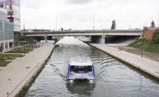 Le canal Saint-Denis à Aubervilliers (illustration).