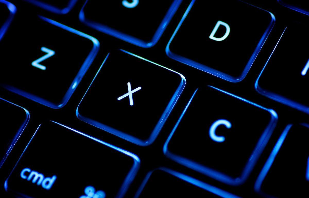 Illustration: un clavier d'ordinateur rétro-éclairé. – P.HUDSON/FLICKR/CREATIVE COMMONS