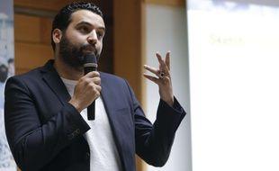 Yassine Belattar, lors de la réunion publique de la candidate LREM de la 8e circonscription de Paris, Laetitia Avia, le 7 juin 2017.