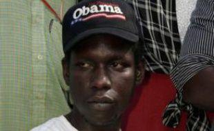 George Obama, demi-frère de Barack Obama, le 4 novembre 2008 au Kenya (Afrique).