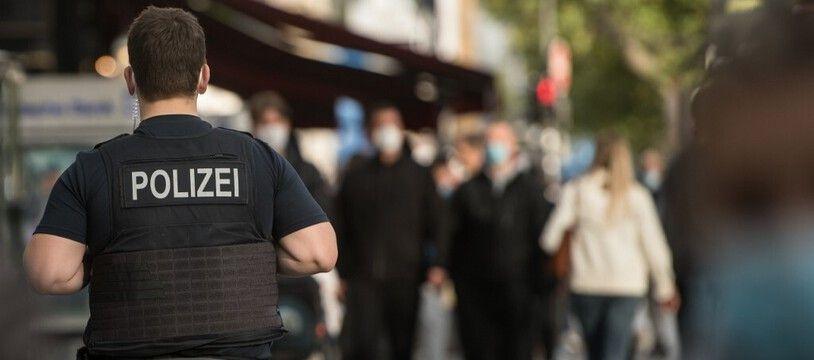Un policier allemand. (illustration)