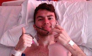 Stephen Sutton, un adolescent qui a levé des millions de livres pour la lutte contre le cancer, est décédé le 14 mai 2014.
