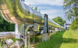 Le gaz naturel est transporté pour partie à travers les gazoducs.