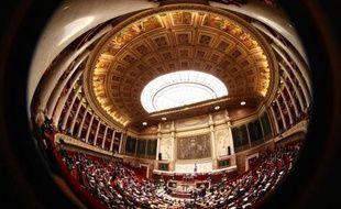 L'Assemblée examinera le 30 mars une proposition de loi PS contraignant les multinationales françaises à prévenir les atteintes aux droits humains et environnementaux chez leurs sous-traitants à l'étranger