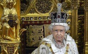 La reine Elizabeth II, 88 ans, doyenne des monarques européens n'a pas l'intention d'abdiquer et devrait régner jusqu'à son dernier souffle