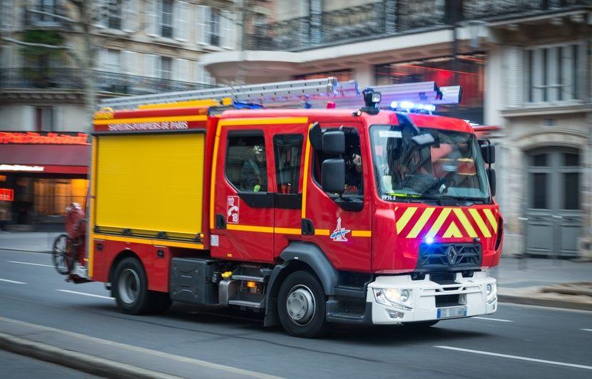 Yvelines: Un enfant meurt dans une voiture, écrasé par un camion de chantier