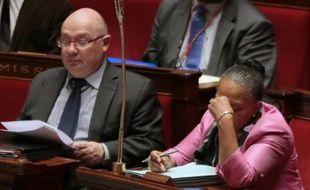 Le député PS François Brottes (G) à l'Assemblée nationale, le 26 juin 2015