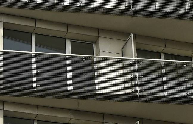 Le balcon où s'est agrippé le petit Raphaël.