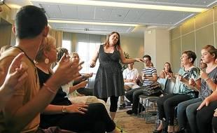 Pour la seconde épreuve, les candidats au casting ont dû chanter a cappella.