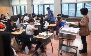 Une salle de classe d'un lycée de Séoul en Corée du Sud. Image d'illustration.