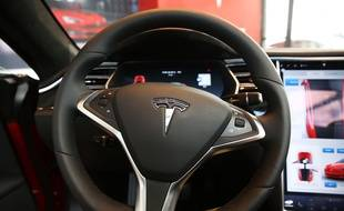 L'habitacle d'une Tesla Model S.
