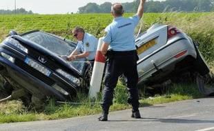 Après un mois de juillet exceptionnel, une nouvelle baisse de la mortalité a été enregistrée sur les routes en France en août (3,3%), 328 personnes ayant perdu la vie, soit 11 de moins qu'un an plus tôt, a annoncé lundi la Sécurité routière.