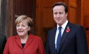 La chancelière allemande Angela Merkel et le Premier ministre britannique David Cameron ont abordé les questions sensibles du budget européen et de la coopération anti-terroriste, au cours de la deuxième journée de la visite de Mme Merkel à Chequers, près de Londres, selon Downing Street.