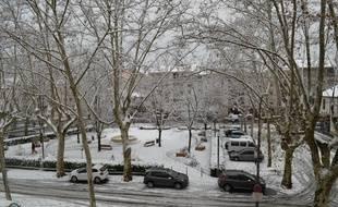 Lyon, le 18 décembre 2017. Lyon s'est réveillée sous la neige. Ici au Point du Jour, dans le 5e arrondissement.