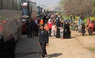 Des habitants de Foua et Kafraya évacués par le gouvernement.