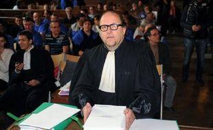 L'américaine Molex Inc peut être jugée avec sa filiale française qui a licencié les 283 salariés de l'usine de Villemur-sur-Tarn (Haute-Garonne) en 2009, estime le tribunal des Prud'hommes de Toulouse dans le délibéré publié jeudi, selon l'avocat des parties civiles.