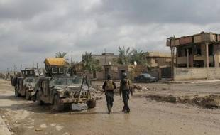 Le Premier ministre irakien Nouri al-Maliki s'est rendu samedi à Ramadi, une ville située à une centaine de kilomètres de Bagdad où les forces gouvernementales tentent depuis plusieurs semaines de reprendre le contrôle de certains quartiers tombés aux mains d'insurgés, selon un responsable.