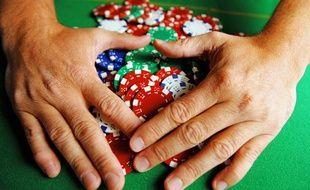 Le différend serait né au cours d'une partie de poker, à Épinal. Illustration