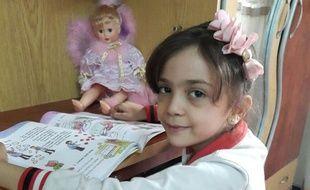 Sur Twitter, Bana, 7 ans, a raconté sur Twitter son quotidien dans l'enfer d'Alep.
