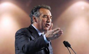 Le MoDem de François Bayrou a indiqué que sa pétition sur internet, visant à obtenir de l'exécutif une loi de moralisation de la vie publique après le scandale de l'affaire Cahuzac, avait dépassé vendredi les 20.000 signatures en moins de 48 heures.