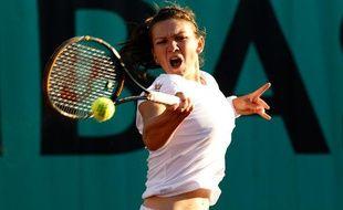 La joueuse de tennis roumaine, Simona Halep, lors de son premier tour à Roland-Garros, le 24 mai 2010.