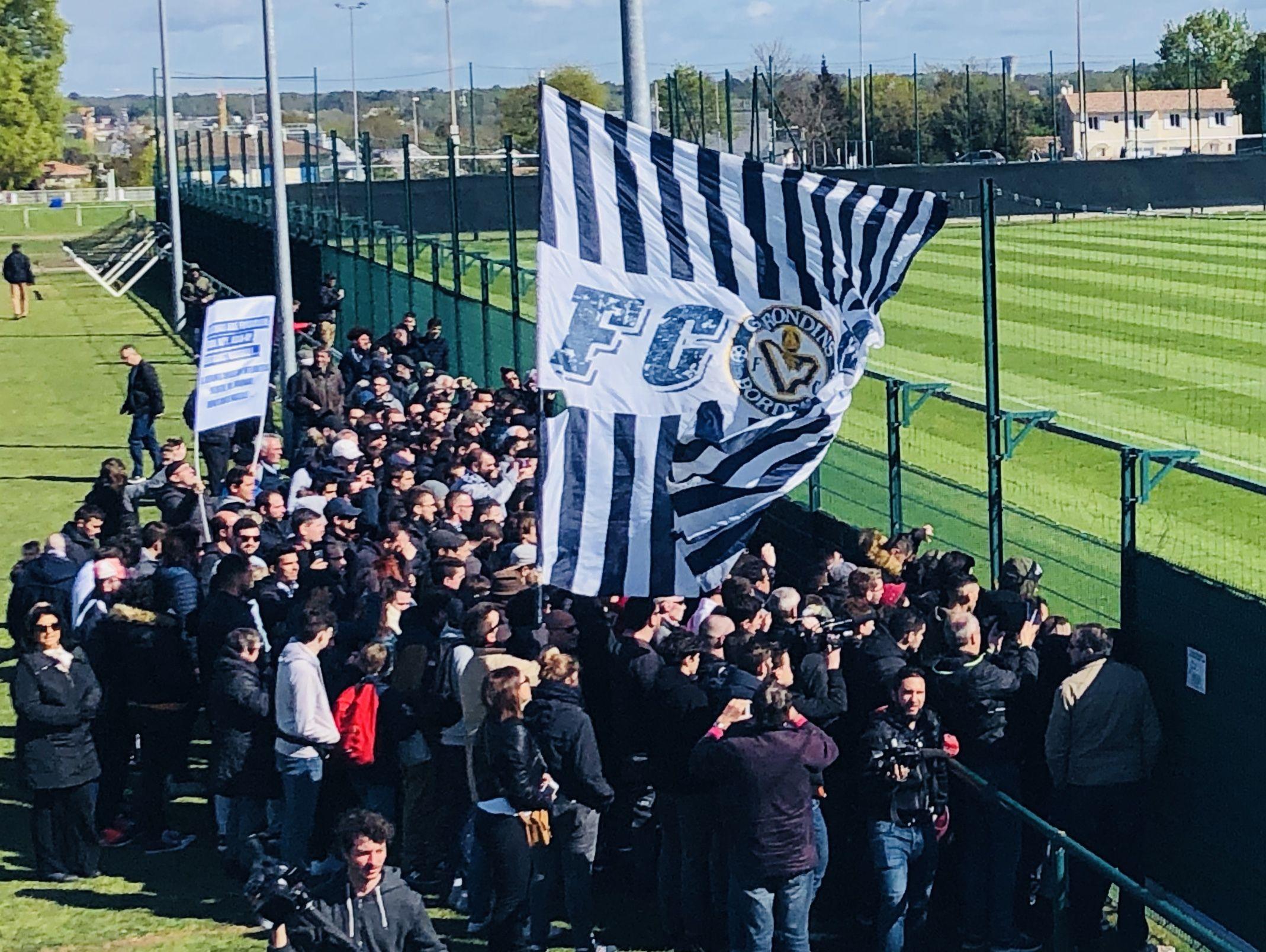 Les supporters des Girondins au Haillan avant un Bordeaux-Marseille.