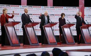 Lors du sixième débat de la primaire démocrate, jeudi soir.