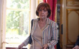 Marie-Josée Roig, ancienne maire UMP d'Avignon, ici en 2004 à Matignon.