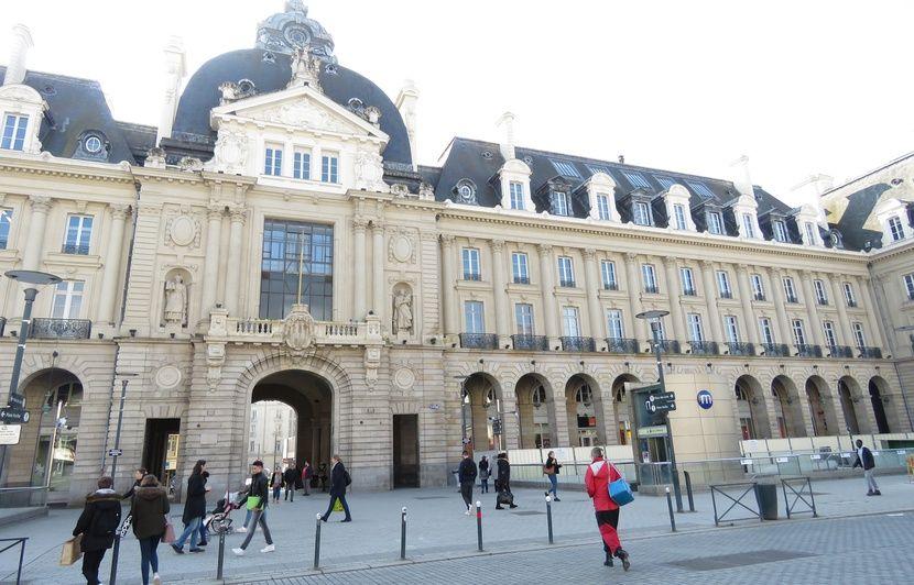 Rennes: Bientôt un centre commercial dans le Palais du commerce