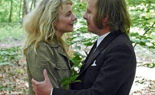Julie Depardieu et Philippe Katerine, réunis dans Je suis un no man's land réalisé par Thierry Jousse.