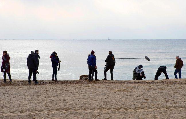 Le jeune réalisateur a emmené Guillaume Gouix et son équipe sur une plage de Vallauris