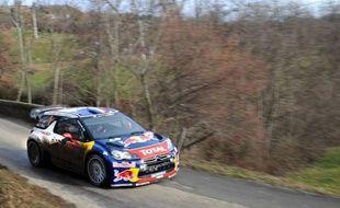 Le Français Sébastien Loeb (Citroën DS3) était toujours en tête du 80e Rallye Monte-Carlo, 1re manche du Championnat du monde (WRC), après les six épreuves spéciales de la 2e journée (ES5 à ES10) disputées jeudi en Ardèche et en Haute-Loire (centre-est).