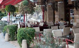 Bordeaux, 24 septembre 2012. - La terrasse de Pizza Pino place Gambetta. - Photo : Sebastien Ortola